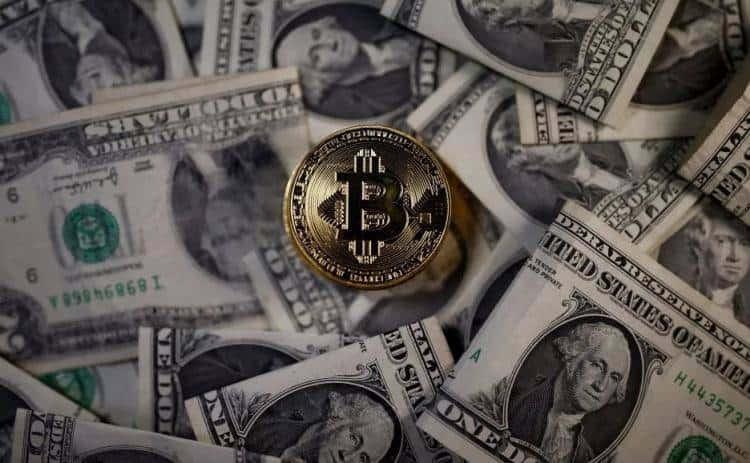 美韩加密货币交易平台遭打击,比特币价格单日大跌逾一成