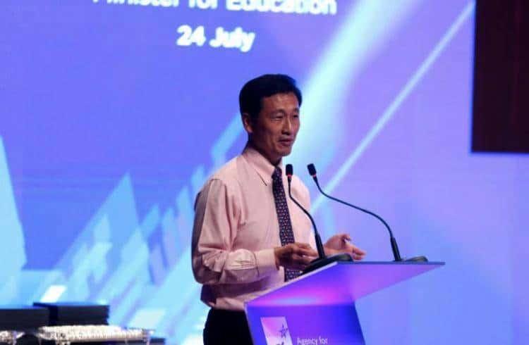 部长王乙康:科技不断颠覆行业,新加坡须意识终生学习是一种必要!